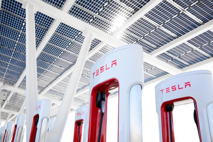 Tesla Supercharger network confirmed