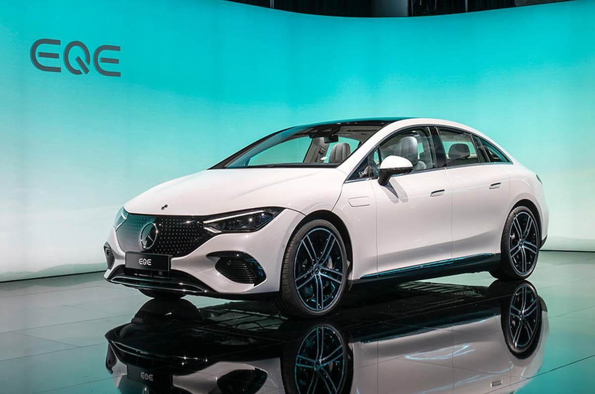 Mercedes-Benz EQE debuts
